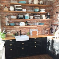 Farmhouse backsplash floating shelves 38 Ideas