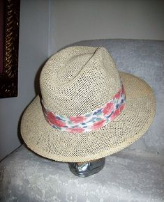 d057775faf78d Vintage White Straw Fedora Hat by Duckster Made in USA Only 8 USD