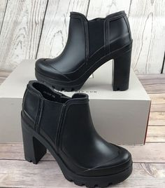 62c446b52f6 Hunter Original High Heel Rubber Rain Ankle Boots Sz 6 Black NEW