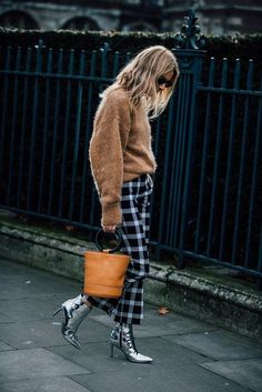 Die Street-Styles der London Fashion Week Februar 2017 - VOGUE