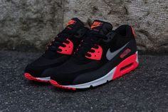 "Nike Air Max 90 Essential ""Atomic Red"""