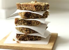 Hemp Protein Granola Bars- these sound great for breakfast- sub rolled oats with Quinoa flakes- good