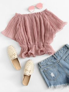 Shop Off Shoulder Pleated Top online. ROMWE offers Off Shoulder Pleated Top & more to fit your fashionable needs. Crop Top Outfits, Pink Outfits, Cute Summer Outfits, Cute Casual Outfits, Pink Dresses, Girls Fashion Clothes, Teen Fashion Outfits, Indian Blouse Designs, Jugend Mode Outfits