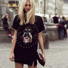 74643ddc05 Rottweiler Print T-Shirt by Givenchy