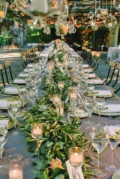 Decoração com folhagem é tendência parta casamentos em 2017.