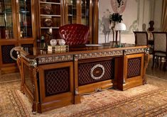Arca Mobili - the new classic Home Office Old World Furniture, Home Office Furniture Sets, Royal Furniture, Victorian Furniture, Home Decor Furniture, Home Room Design, Home Office Design, Office Table, Office Decor