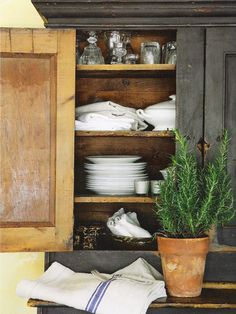 who knew I'm french country/shappy chic.... love this look but again black paint needs to be white
