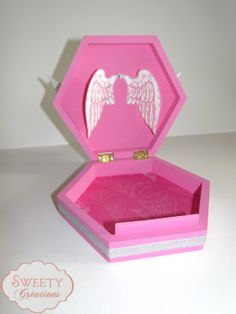 Boite à bijoux rose et ailes d'ange Jewel box pink and angel wings  #boitebijoux #jewelbox #cadeau #gift #angelwings #ailes