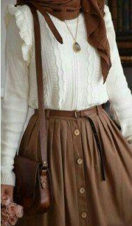 White ruffle sweater and skirt - sweater # white - Oli. - White ruffle sweater and skirt – sweater # white – Olivia – Source by Kleidundkleid Source by - Mode Outfits, Skirt Outfits, Dress Skirt, Ruffle Skirt, Skirt Belt, Sabo Skirt, Skirt Pants, Ruffles, Midi Skirt