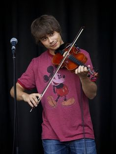 Alexander Ryback, Ben Hardy, Cute Guys, Violin, Fairy Tales, All In One, Music Instruments, The Originals, Dream Man