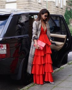 Women S Fashion Questions Party Fashion, Girl Fashion, Fashion Dresses, Womens Fashion, Simple Gowns, Womens Maxi Skirts, Party Wear Dresses, Summer Dresses, Chic Outfits