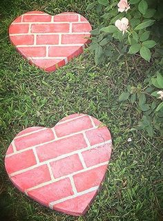 Fun DIY {Heart-Shaped} Stepping Stones!