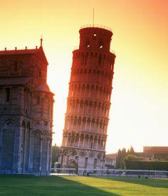 La torre inclinada de Pisa, Italia