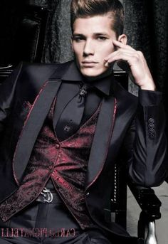 Halloween goth wedding groom Source by jackboss High Fashion Men, Mens Fashion Suits, Work Fashion, Mens Suits, Fashion Clothes, Style Fashion, Gothic Fashion Men, Steampunk Fashion Men, Vampire Fashion
