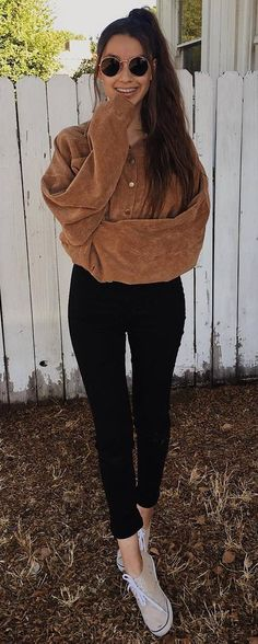 simple outfit / brown sweater + black skinnies + sneakers #omgoutfitideas #outfitideas #womenswear