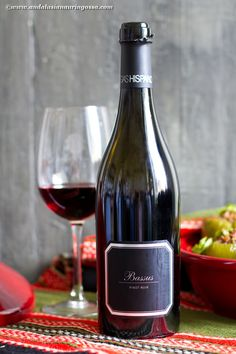 Hispano+Suizas Bassus is a great, complex Pinot Noir full of personality. It comes from a winery in Spain, west of Valencia, and their are the only Pinot Noir vines in the region. Perfect for variety of meat dishes: Middle Eastern flavours, game, game birds, spicy sausages, liver... and I have a recipe for it too!