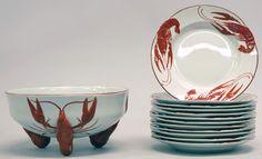 Rörstrands äldre äftservis har vi ofta i lager. Ring och hör med oss om vad vi har hemma på tel 08-305480. Rörstrand old craw fish porcelain is often in stock. Call us for further information.