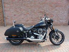Preowned 2018 Harley-Davidson FLSB Softail Sport Glide in Vivid Black Harley Sport, Harley Davidson Sport, Harley Davidson Motorcycles, Motorcycles For Sale, Motorbikes, Sports, Ebay, Black, Projects