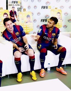 Messi and Neymar playing FIFA 15 with the rest of the team as Barcelona Fifa 15, Ea Fifa, Neymar Jr, Messi And Neymar, Neymar Barcelona, Barcelona Team, Lionel Messi, Soccer Boys, Soccer Stars