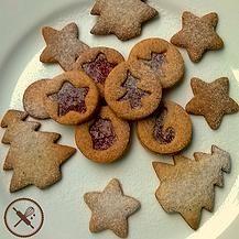 Bolachinha de baunilha em formatos natalinos