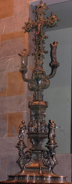 Cross - Museo dell' Opera - Florence, Italy - The cross was ordered in 1457 by the Colsoli of the Arte della Lana -Top part made by Betto di Francesco Betti and the lowr part by Antonio del Pollaiolo - It was finished in 1483 - It was worth waiting for?