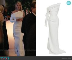 Maticevski Mystery Gown worn by Samantha Wheeler (Katherine Heigl) on Suits Lawyer Fashion, Fashion Tv, Suit Fashion, Fashion Dresses, High Fashion, Tv Show Outfits, Chic Outfits, Donna Suits, Gossip Girl Outfits