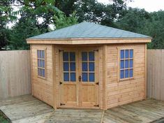 Awesome 44 Cool Diy Backyard Studio Shed Remodel Design Decor Ideas. More at https://trendhomy.com/2018/02/26/44-cool-diy-backyard-studio-shed-remodel-design-decor-ideas/