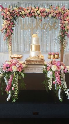 Bridal Cake Table Decor 66 New Ideas Quinceanera Decorations, Quinceanera Party, Birthday Decorations, Wedding Decorations, Sweet 15 Decorations, Quinceanera Dresses, Vintage Sweets, Simple Bridal Shower, Trendy Wedding