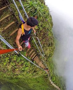 Stairs to Heaven, Oahu, Hawaii More
