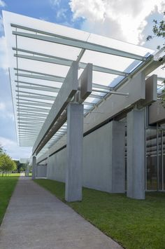Renzo Piano Pavilion at Kimbell Art Museum / Renzo Piano + Kendall/Heaton Associates