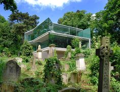 A Modern House Next to an Old Cemetery by Eldrige Smerin Architects, London