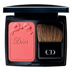 Beautiful makeup products!!!!! because in this case, appearance matters!! Come check it out!!!