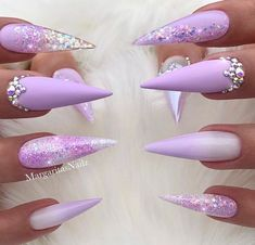 30 The Sex Appeal Stiletto Nails Art Designs For You - Nail Art Connect stiletto nails Funky Nail Art, Funky Nails, Cute Nails, Pretty Nails, Acrylic Nail Designs, Best Acrylic Nails, Nail Art Designs, Bling Stiletto Nails, Pointed Nails