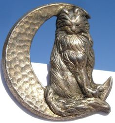 "RARE 1940's ""Cat on Moon"" Realistic Pewter Vintage Antique Metal Picture Button 
