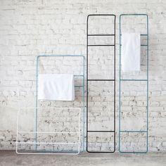 industriedesign aus stahlrohr kleiderschr nke kleiderst nder kleiderstangen modulare und. Black Bedroom Furniture Sets. Home Design Ideas