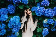 New post on jinxproof School Photography, Image Photography, Creative Photography, Portrait Photography, Nature Photography, Blue Aesthetic, Aesthetic Photo, Artsy Photos, Couple Photoshoot Poses