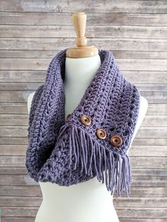Meet the Textured Woodland Crochet Cowl! With its combination of texture, fringe and beautiful amethyst color, this cowl will add style to your wardrobe!
