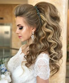 Best Wedding Hairstyle With Mid Length Hair Unique Wedding Hairstyles, Creative Hairstyles, Bride Hairstyles, Headband Hairstyles, Pretty Hairstyles, Hairstyle Ideas, Long Hair Cuts, Long Hair Styles, Wedding Hair Inspiration