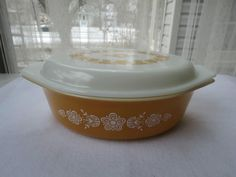 NEVER USED? Vintage 2.5 Quart Pyrex Butterfly Gold Oval Casserole Dish with Lid #Pyrex