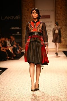 Ritu Kumars Vintage Collections at Lakme Fashion Week, WinterFestive
