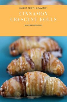 Vegetarian · These Cinnamon Crescent Rolls are almost as good as homemade cinnamon rolls, but a whole lot faster! Butter, cinnamon, and sugar are rolled up in buttery crescent rolls and baked for a sweet and super… Breakfast Pastries, Breakfast Dishes, Breakfast Recipes, Breakfast Appetizers, Breakfast Dessert, Authentic Mexican Recipes, Köstliche Desserts, Dessert Recipes, Plated Desserts