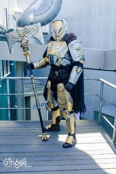 Destiny Lord Saladin Cosplay by 2 Player Cosplay Destiny Costume, Destiny Cosplay, Cosplay Armor, Cosplay Diy, Cosplay Costumes, Cosplay Ideas, Destiny Comic, Destiny Game, Nick Kelly