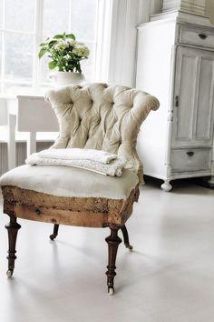 Brocante, déco vintage brocante campagne, fauteuil ancien