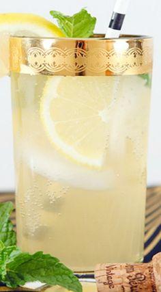 Champagne Smash Cocktail Recipe