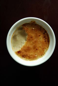 Ridiculously Easy Banana Creme Brulee by Janet at taste space!!!!! Awesome !!!!! This would be so delicious!!!! And it so much healthier than typical creme brûlée!!! Comment by @paigeydoll1 #vegan