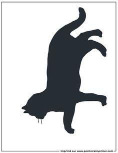 Pochoir à imprimer - Pochoir chat                                                                                                                                                                                 Plus Silhouette Images, Cat Silhouette, Doodle Drawings, Doodle Art, Halloween Chat Noir, Animal Templates, Sign Stencils, Cat Quilt, Paws And Claws