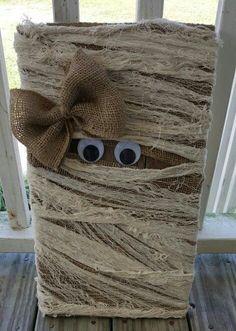 My pallet mummy... to cute..
