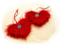 Ravelry: Christmas hearts pattern by Anja Hjorth/Zoomsnoren