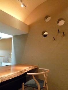 店舗(寿司店のカウンター席)(群馬県館林市・ソラを取り込んだ住まい|空の家)- その他事例|SUVACO(スバコ)