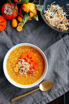 Nutrition Stripped | Turmeric Persimmon Porridge | http://www.nutritionstripped.com